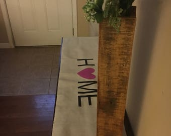 Table Runner with Home