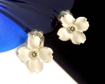 Vintage Silvertone  White Dogwood Blossom Clip-On Earrings