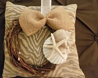 Seashell starfish wreath
