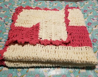 Hand-knit chunky Baby Blanket, Pink and White