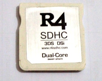 R4 SDHC Revolution For DS Nintendo 3DS, Dsi. Dual-Core