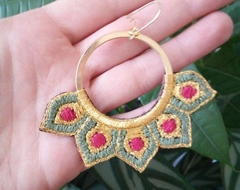 Embroidered by hand, hoop earrings gold, Khaki and Fuchsia.