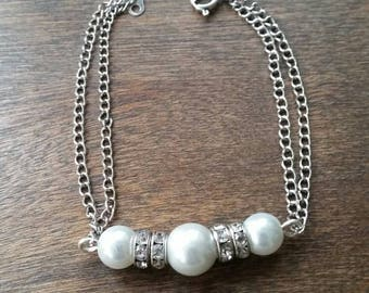 Delicate chain bracelets