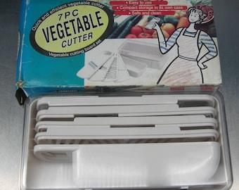 7 piece vegetable cutter set.