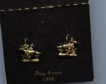 """Sarah Coventry """"Pony Express"""" Cuff Links-C.1966"""