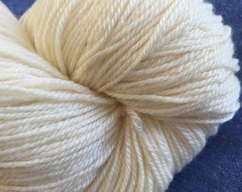 SOCK BFL Cashmere Silk Undyed Yarn, Ecru Undyed Yarn Base, Undyed Sock Yarn, Fingering Weight Yarn Blank Undyed Sock Yarn Cashmere Sock Yarn