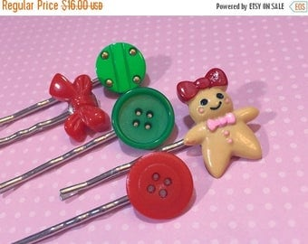 Christmas in July SALE. Christmas Hair Clip Set, Gingerbread Girl Bobby Pin, Holiday Hair Pins, Vintage Button Bobby Pins in Green Red, Bow
