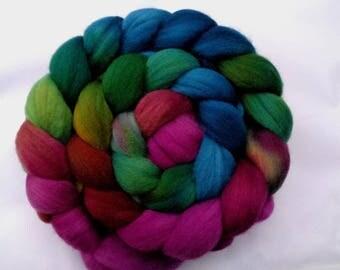 4.4oz, merino wool roving, hand dyed merino roving, felting wool, spinning fiber, merino roving, combed top, teal, green, purple,125g, lot C