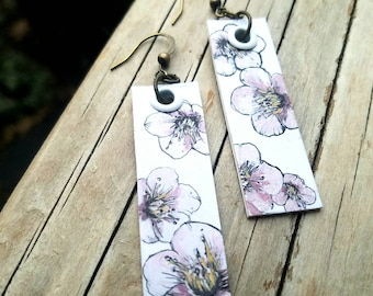 Hand-Painted Sakura Cherry Blossom flower earrings - Love from Tokyo