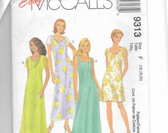 McCall's Misses' Dress in Two Lengths   Pattern 9313