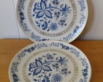 3 vintage Marcrest melmac dinner plates