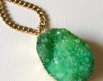SUMMER SALE Green 24K Gold Druzy Necklace on  Thick Antique Gold Faceted Chain