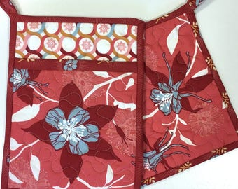 Pot Holders Set of Two-1 Square and 1 Pocket Columbine Flowers Handmade   Kitchen Cooking Home Decor Hot Pads Pan Holder Trivet