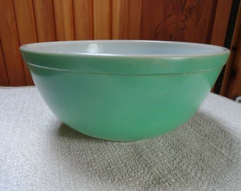 Primary Green Nesting Bowl.  Small Green Pyrex Bowl.