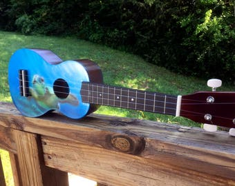 New painted sea turtle soprano ukulele Diamond Head brand