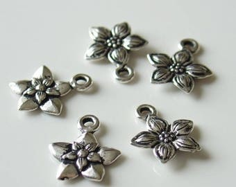 20% Off Sale 12mm TierraCast Antique Silver Plated Pewter Star Jasmine Charm Pendant 4 Pcs - 8412