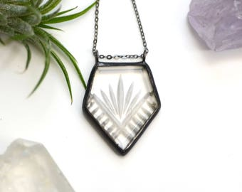 Art Deco Arrow Necklace Engraved Vintage Glass Necklace Geometric Glass Pendant Clear Glass Necklace Geometric Arrow Jewelry Boho Style