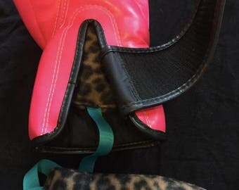 Boxing Glove and Shoe Destinkers