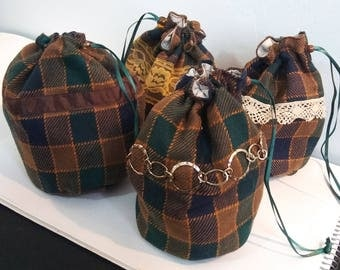 Green and Brown Plaid Dice Bag Set
