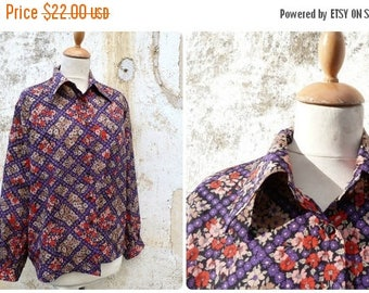 ON SALE Vintage 1970/1980 French  blouse floral size L