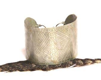 Etched Tribal Silver Cuff (B1330)