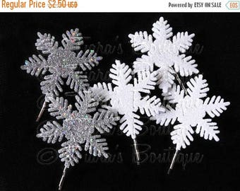 SUMMER SALE 20% OFF One Frozen Snowflake Barrette, White or Silver, For girls and women, made to match Snowflake tutu