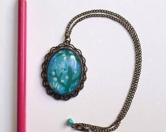 Short necklace, blue cherry RC004
