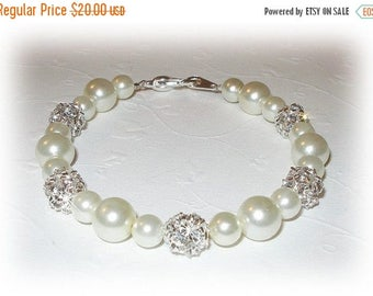 20% OFF Pearl Bridesmaids Bracelet Bridesmaid Jewelry Swarovski Rhinestones Ivory White Pearls Silver