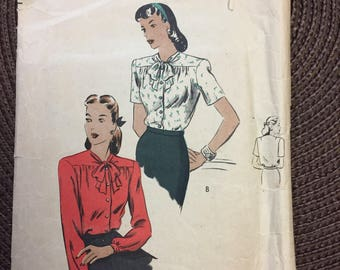 Vintage 40's Misses' Bow Blouses Sewing Pattern Vogue 5020 Size 18 Bust 36
