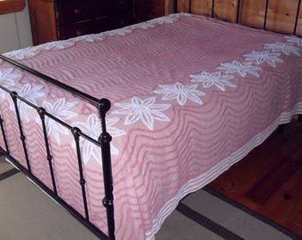 Vintage Pink  White Chenille Bedspread Full