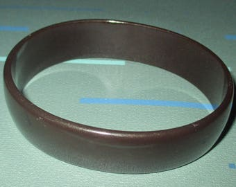 Vintage MOD Chocolate Brown Bakelite Oval Bangle Bracelet