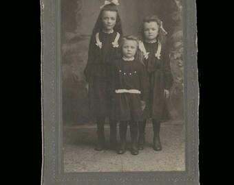 3 Sisters Vintage Photo