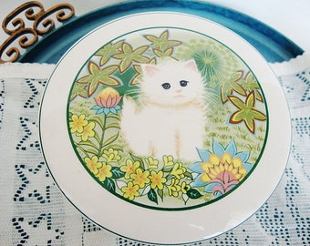 vintage white cat trinket box porcelain candy dish kitten in a garden