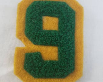 Vintage chenille letter number 6 or 9 yellow and green chenille patch