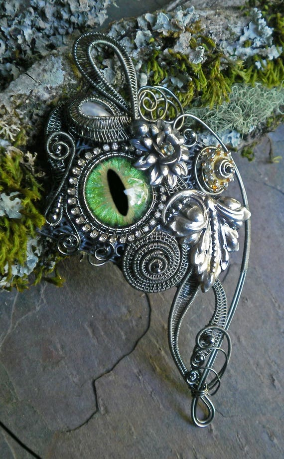 Gothic Steampunk Green Eye Pin Pendant with Rhinestones and Pearl