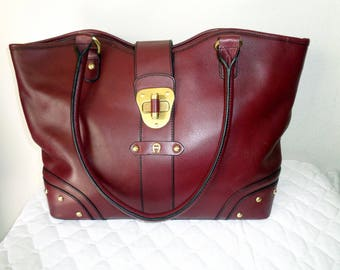 Etienne Aigner LARGE bag satchel ,business tote in thick super quality genuine leather deep Bordeaux vintage 90s MINT condition