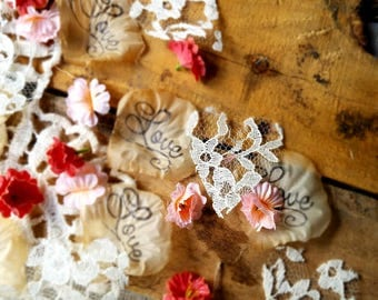 Confetti Wedding Flowers/Wedding Table Runner/Rustic Bridal Shower Decorations/Wedding Confetti Toss/Rustic Wedding Centerpieces for Tables