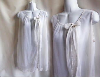 60s Vintage Negligee Size L White 46 Chiffon Lace Nylon Nightgown Nightie 60s