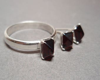 Garnet Pyramids Sterling Silver Ring and Post Earrings Matching Set Size 8