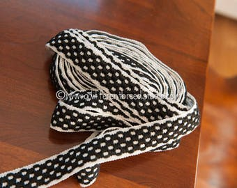 1 yard Mod Geometric- Vintage Fabric Trim New Old Stock Embroidered 60s 70s Black and White