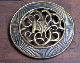 Medallion Belt Buckle.  Buckle for elastic belts. Finding. Wide Scroll design with antique gold finish. for stretch cinch belt or design.