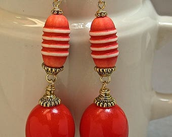 Vintage Italian Lucite BRIGHT Coral Red White Bead Dangle Drop Earrings, Gold French Ear Wires