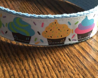 Girl Dog or Puppy Collar/Boy Dog or Puppy -  Colorful Cupcakes/Cute Novelty Collar/Ribbon Collar, Matching Leash Available