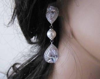 Crystal bridal earrings bridal wedding 1930s 1940s Vintage style crystal tear drop bridal earrings wedding jewellery