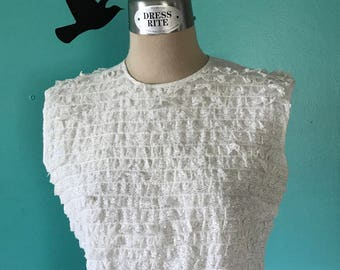 Saturday Date - 1950's Delicate Lace Ruffle Sleeveless Top