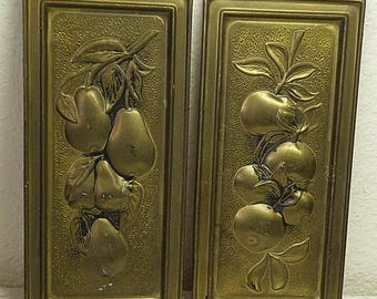 christmasinjuly FRUIT wall hangings, apples and pears, metal, made in England