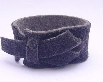 On Sale Merino Wool Cuff by Muse in Light grey and dark grey color, Reversible color Bracelet, Nickle-Free