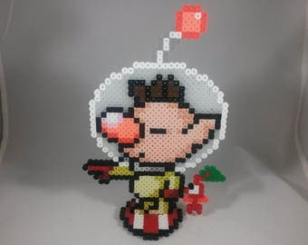 Olimar - Pikmin - Super Smash Bros - Perler Bead Sprite Pixel Art Figure Stand or Lanyard Necklace