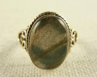 Size 6.25 Vintage Sterling and Labradorite Ring