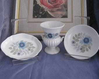 """WEDGWOOD - 2 Trinket/pin Dishes and a Grecian Urn Vase - """"Clementine"""""""